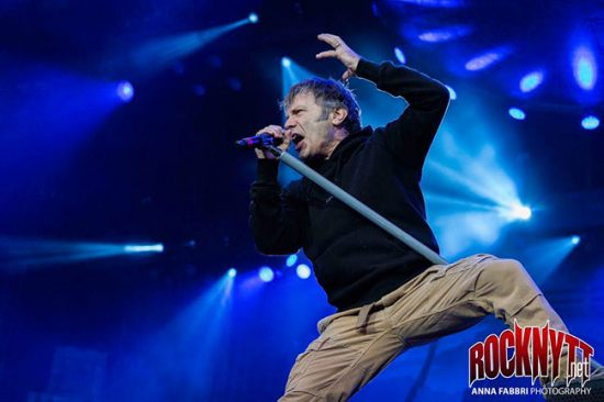 NY VIDEO: Iron Maiden - Wasted Years (live) 1