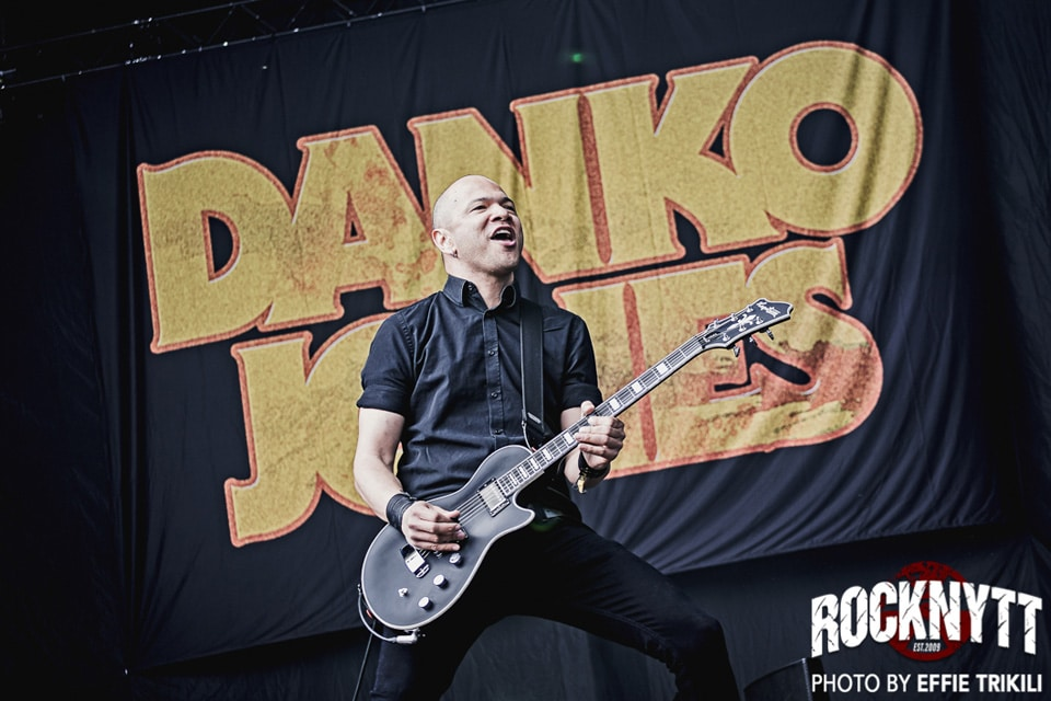 NY VIDEO: Danko Jones - Fists Up High